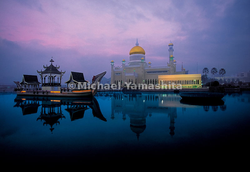 The lavish mosque, Omar Ali Saifudden Mosque, is a 20th century construction dedicated to the 28th Sultan of Brunei, but it is a reminder that Zheng He, as a Muslim was a global ambassador for the faith throughout the coastal countries of the South China Sea.  Bander Seri Begawan, Brunei
