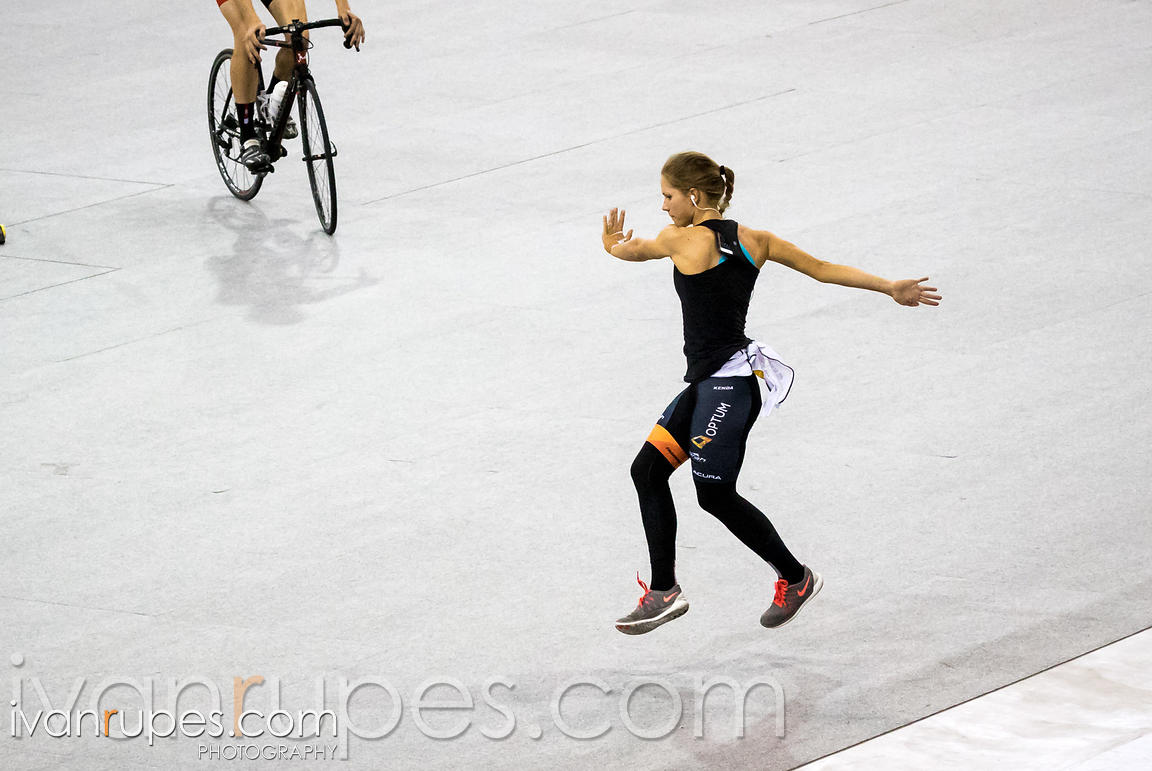 Jasmin Glaesser (Optum p/b Kelly Benefit Strategies) is performing her warm-up routine before the competition at the 2015 Canadian Track Championships, Milton, On, October 9, 2015