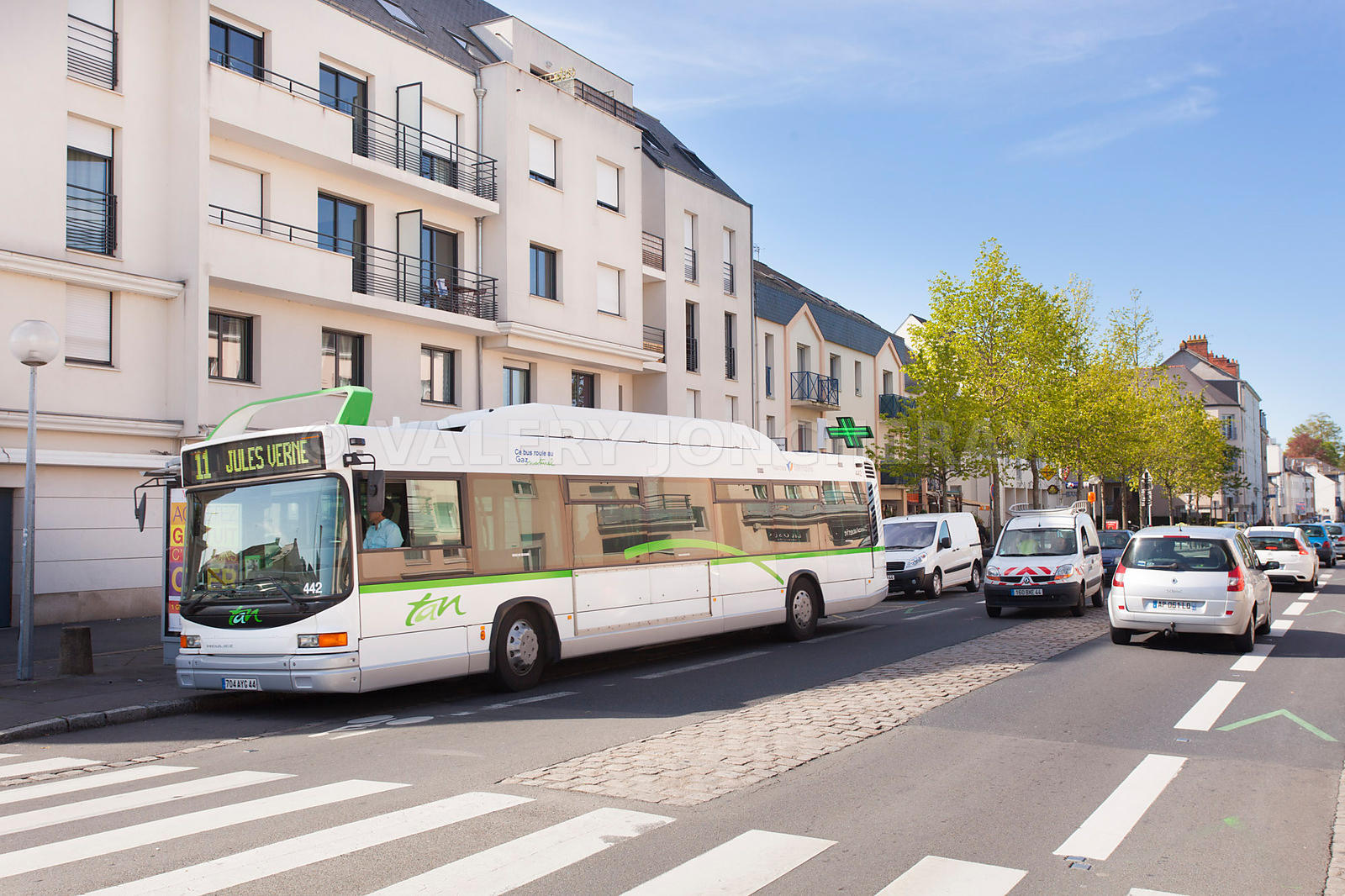 Photo d un bus sur la route de sainte-luce