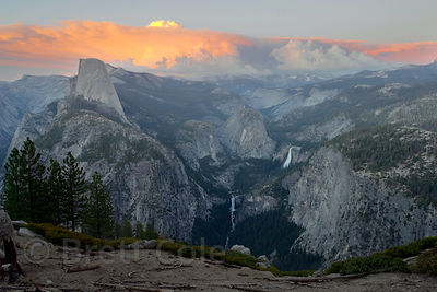 The Yosemite Valley at dusk from Glacier Point, Yosemite National Park, California.