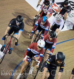 Cat 2 Men Scratch Race, 2017/2018 Track Ontario Cup #1, Mattamy National Cycling Centre, Milton On, December 10, 2017