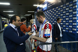 medal_ceremony-MIX_ZONE-02-photo-uros_hocevar