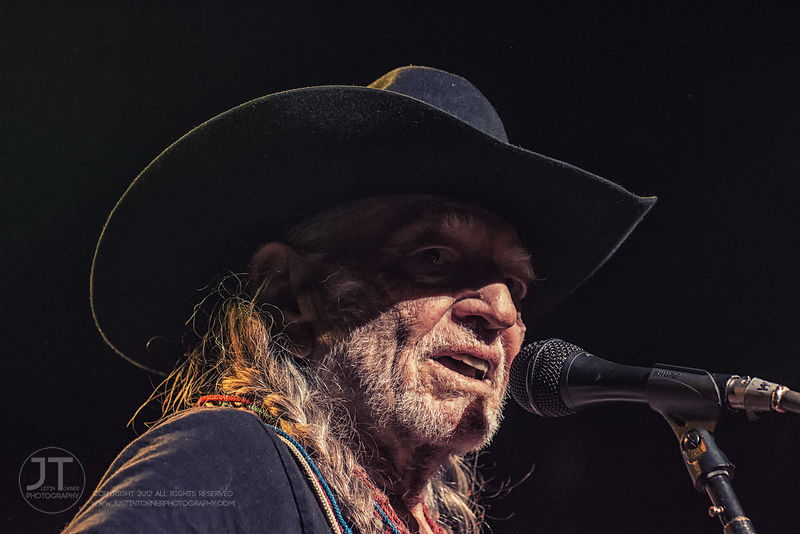 Hoopla - Willie Nelson, Paramount Theatre, May 18, 2015 photos