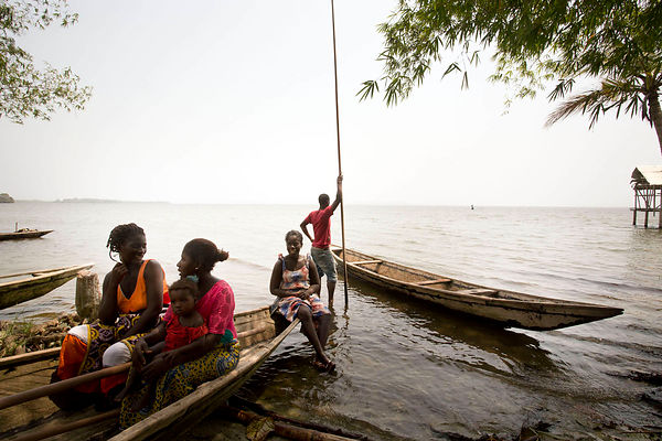 Ivory Coast, Assouankakro. The village of Assouankakro is on the west bank of the lagoon ABRY. It is the main source of income for villagers, many of them are fishermen.