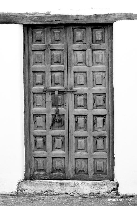 OLD DOOR SPANISH GOVERNOR'S PALACE SAN ANTONIO TEXAS BLACK AND WHITE