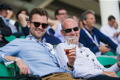 ashes2015_oval-342
