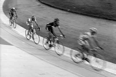001-EU13027_Bicyclists_in_Velodrome_Preview