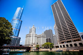 Picture of Chicago Buildings at Michigan Avenue Bridge