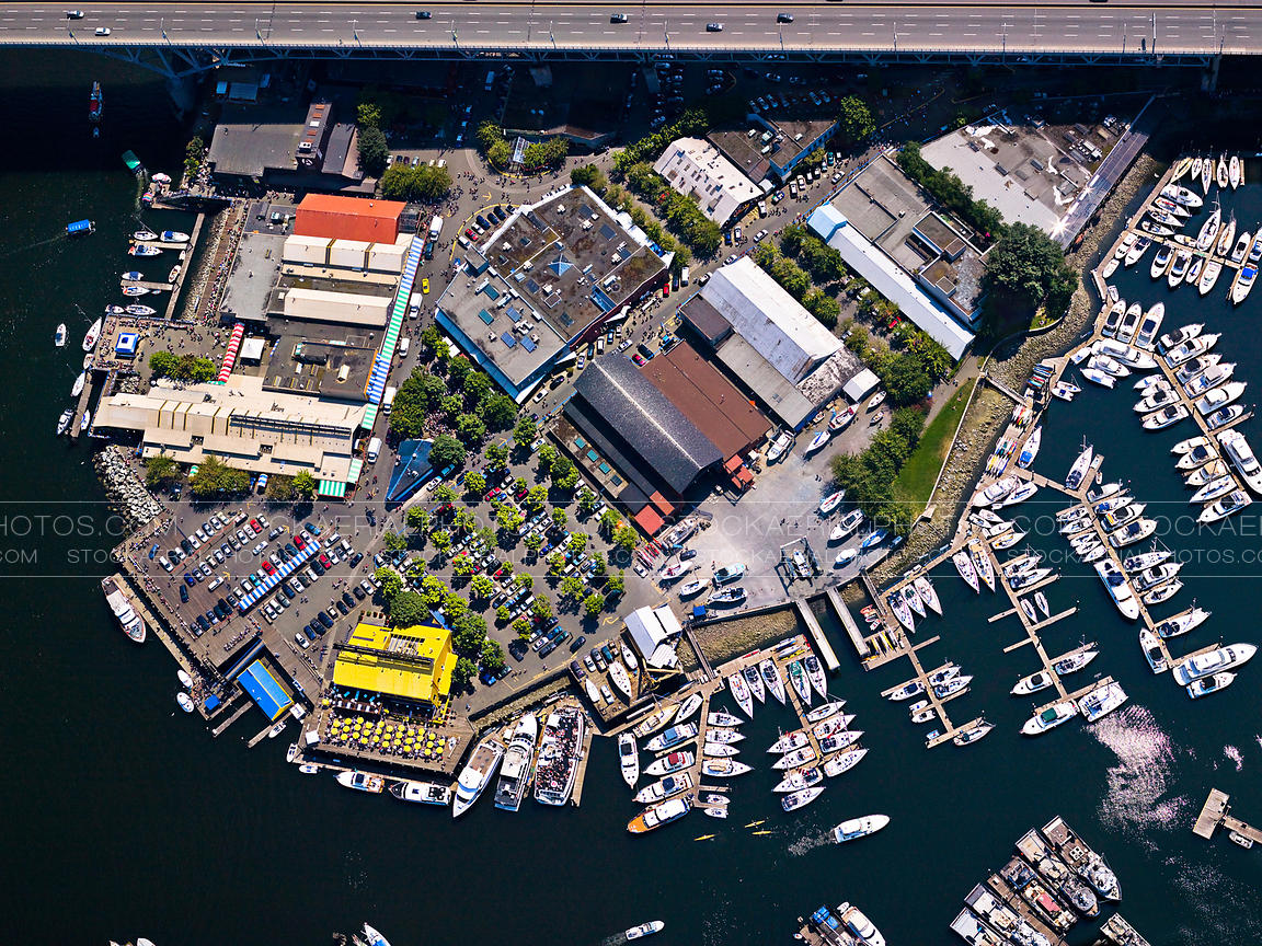 how to find parking space in vancouver bc