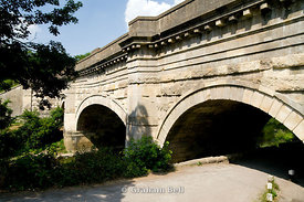 Aqueduct carrying the Kennet and Avon Canal over the River Avon, Avoncliff near Bradford on Avon, Wiltshire, England.