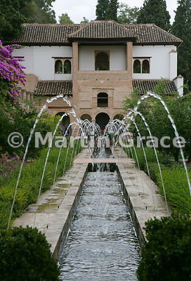 The East Pavilion beyond the Patio de la Acequia (Water Garden), Generalife, Granada, Andalusia, Spain