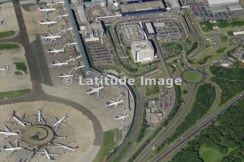 how to get from london gatwick to london heathrow