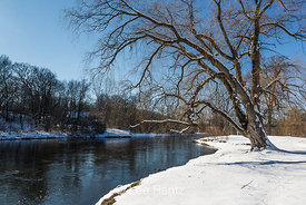 Kalamazoo River in Historic Bridge Park in Calhoun County, MI