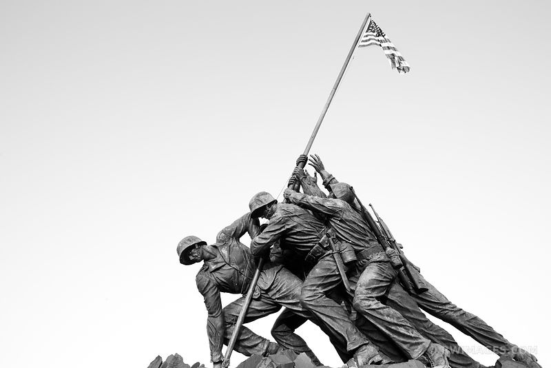 MARINE CORPS IWO JIMA MEMORIAL WASHINGTON DC BLACK AND WHITE