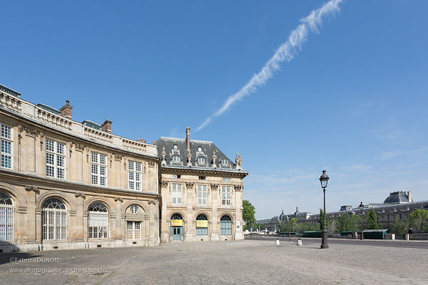 Institut de France à Paris.