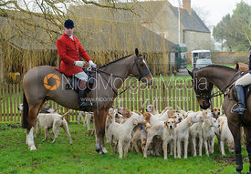 Cottesmore Huntsman Andrew Osborne at the meet in Morborne, 23/1