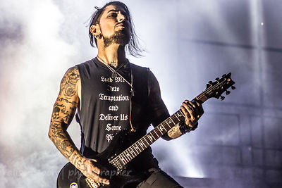 Dave Navarro, guitar, Jane's Addiction