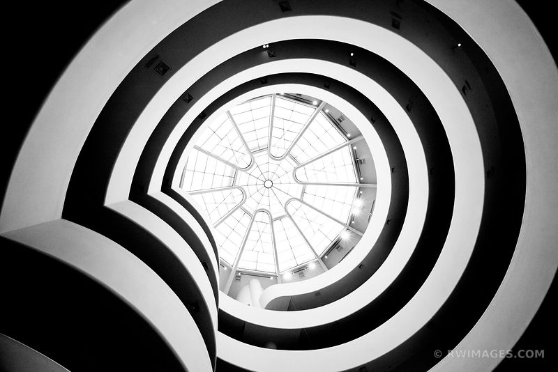 GUGGENHEIM MUSEUM NEW YORK CITY BLACK AND WHITE