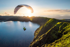 Heaven or Earth ? flying inside a volcano in Acores with JB Chandelier