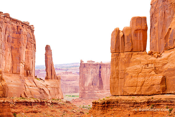 PARK AVENUE TRAIL ARCHES NATIONAL PARK UTAH