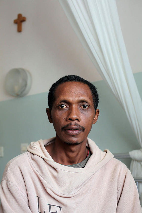 Madagascar, MORAMANGA. EKAR, the private clinic of the Little Servants of the Sacred Heart of Jesus is a screening and treatment center for tuberculosis. Portrait of Mr. Rakotondramanana.
