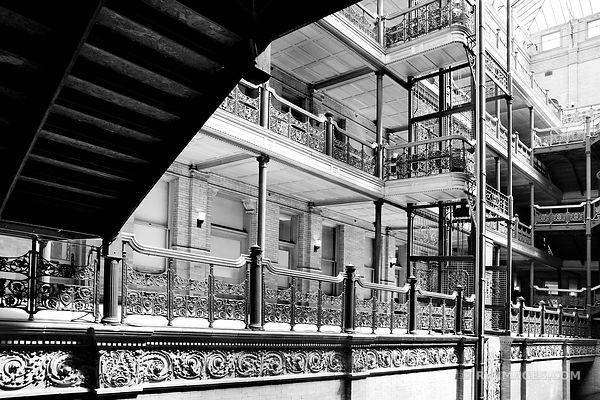 BRADBURY BUILDING HISTORIC LOS ANGELES ARCHITECTURE CALIFORNIA BLACK AND WHITE
