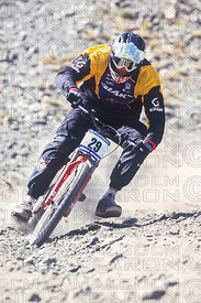ROB WARNER TRAINING SIERRA NEVADA, SPAIN. GRUNDIG DOWNHILL WORLD CUP 1998