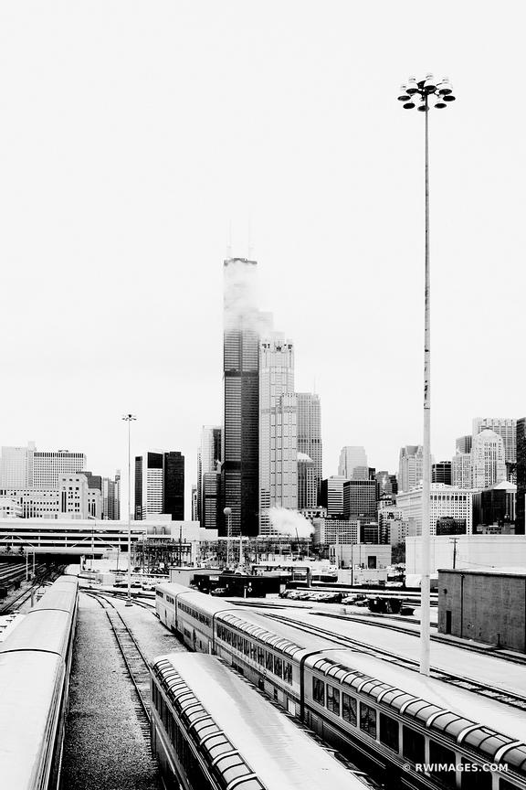 SOUTH LOOP TRAINS CHICAGO BLACK AND WHITE