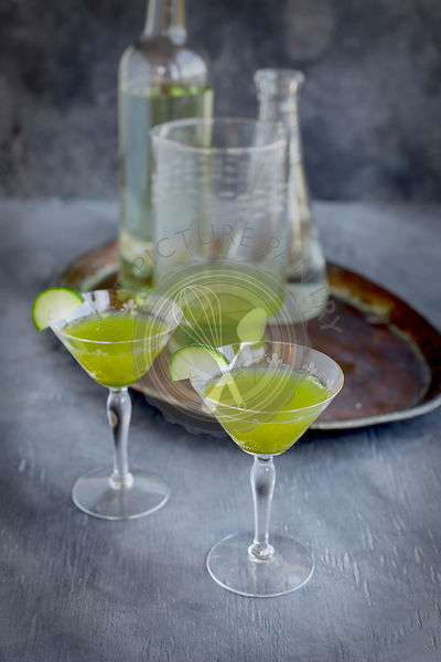 Matcha Cucumber Spritzertini Winetail cocktail.