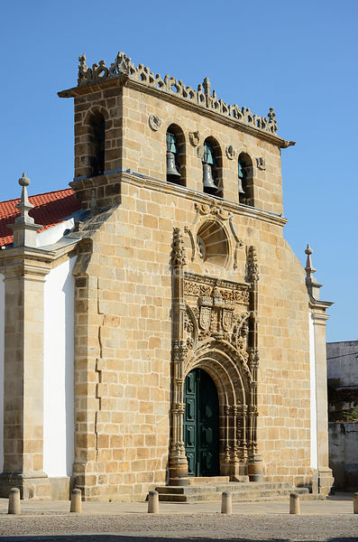 The Mother Church (Igreja Matriz) of Vila Nova de Foz Coa, dating back to the 16th century. Alto Douro, Portugal