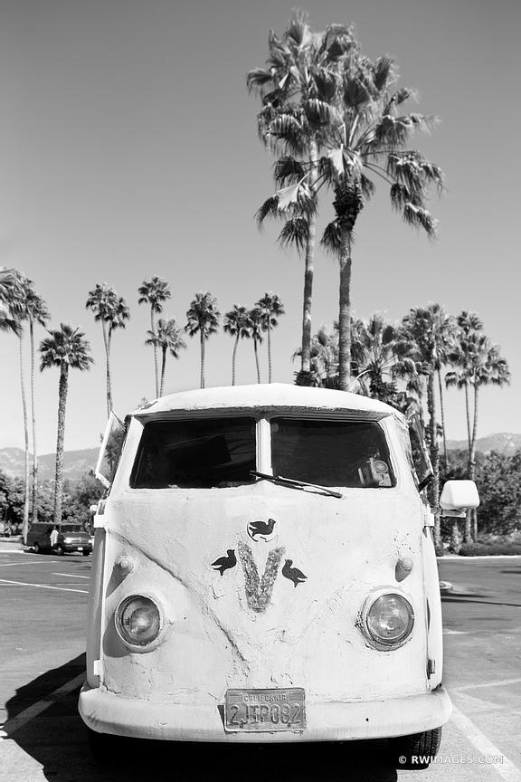 OLD VW VAN SANTA BARBARA BLACK AND WHITE