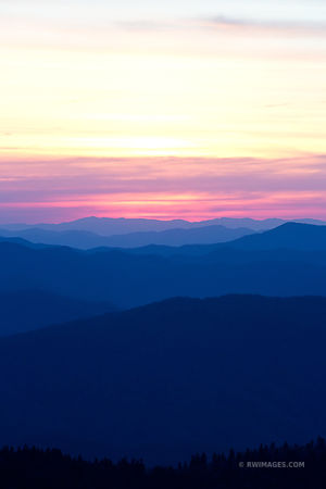 SUNRISE CLINGMANS DOME SMOKY MOUNTAINS RIDGES COLOR VERTICAL