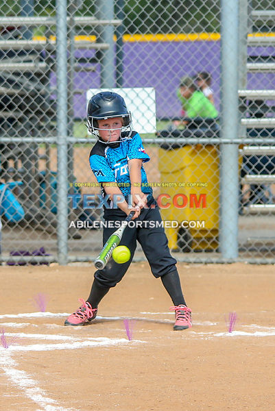 08-19-17_SFB_8U_Diamond_Divas_v_West_Texas_Force-54