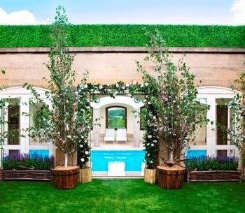 Green Spring secret roof top garden Berkeley hotel London
