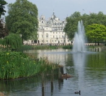 St James's Park Buckingham Palace