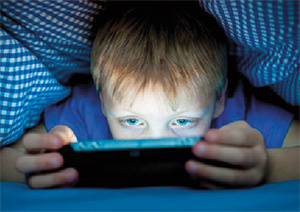 excessive-use-technology-kids-0722