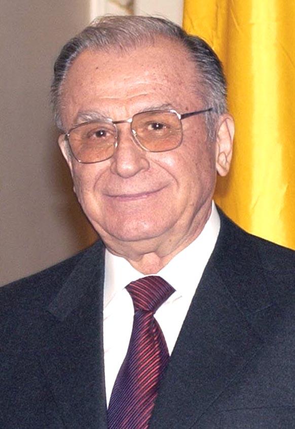 ion_iliescu_2004