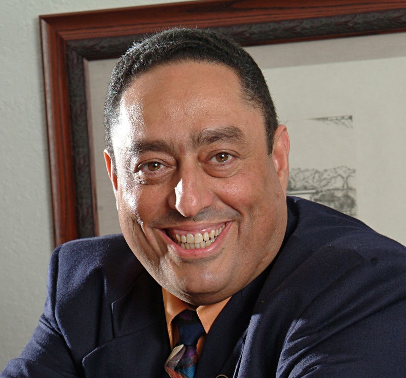 Luis Colon CEO of MGE: Management Experts