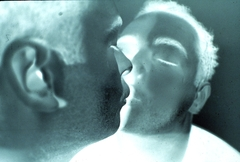 Douglas  0003 gordon  selfportret   kissing with scopolamine  1994
