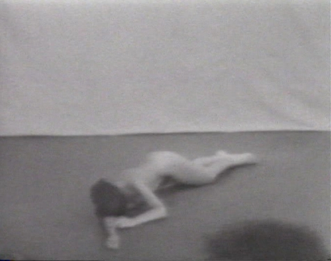 Marina abramovic freeing the body  1976 still 1