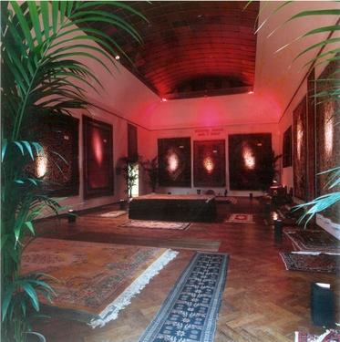 Bijl guillaume 10 foto's van installaties 1979 1985  photom hkaclinckx4 stedelijk museum amsterdam nr 10uitgesneden
