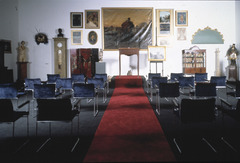 Bijl  guillaume  auction room photo elisabeth broekaert