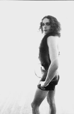 1974 zelfportretten in travestie