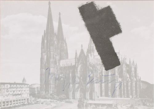 Beuys das halbe filzkreuz p14