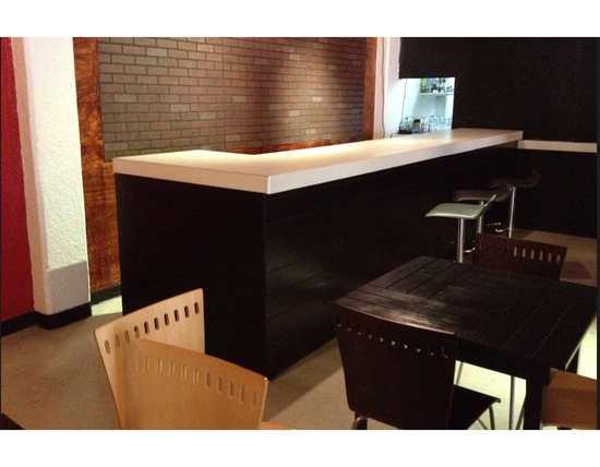 Mobiliario especial para restaurantes cafeterias y bares for Muebles para cafeteria precios