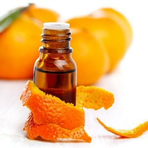 9 Ways to Use Sweet Orange Essential Oil