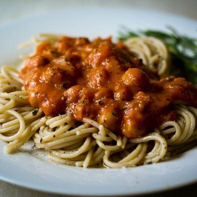 Pasta with vodka-chickpea sauce