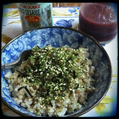 Unprocessed breakfast: Brown rice with furikake and toasted sesame oil