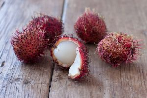 Rambutan fruit how-to on Recipe Renovator