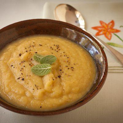 Parsnip-leek soup | Meatless Monday